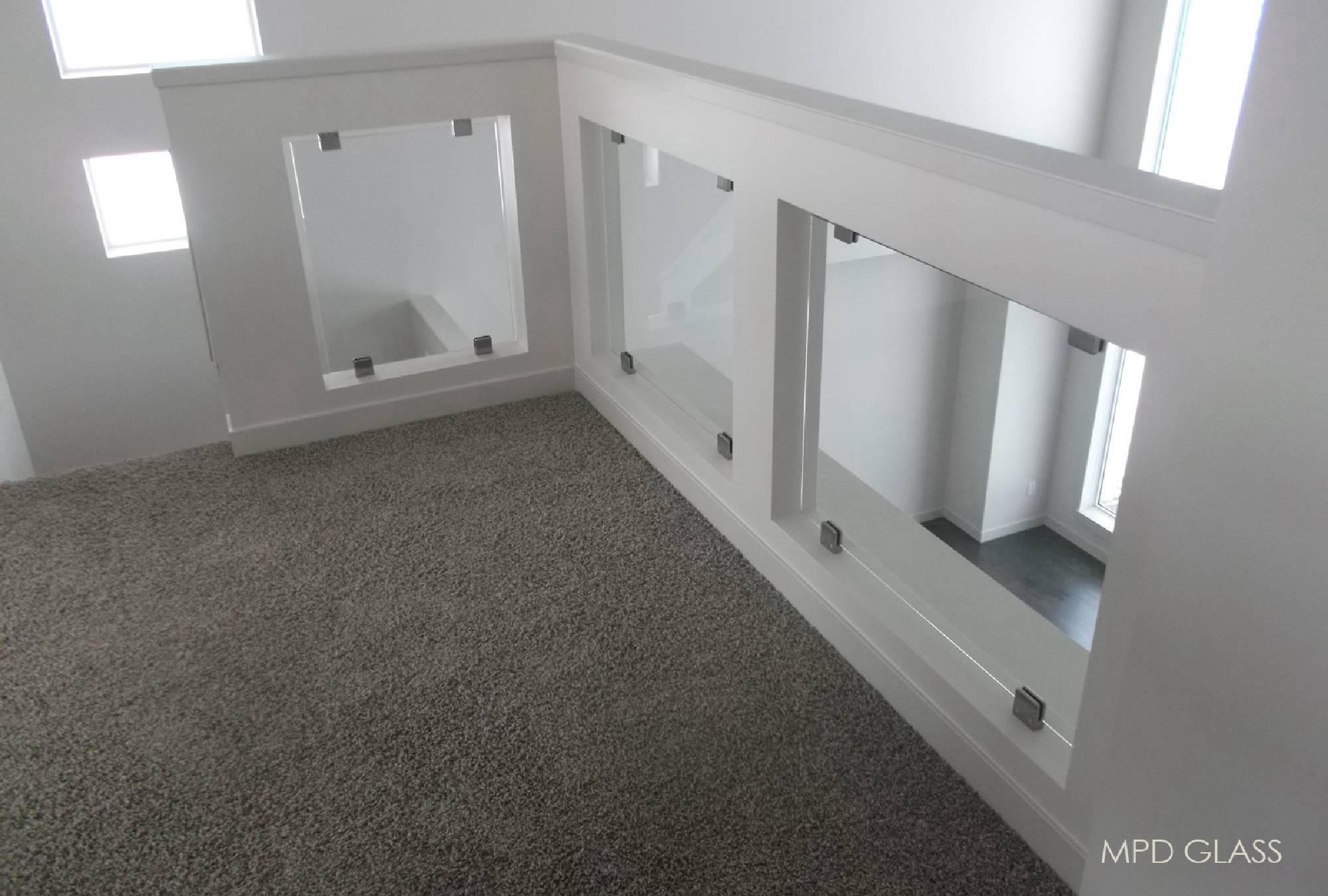 Custom Glass Railings Stainless Steel Standoffs